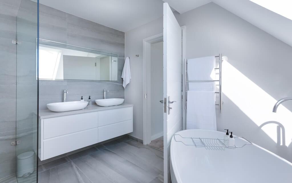 獨立浴缸衛浴